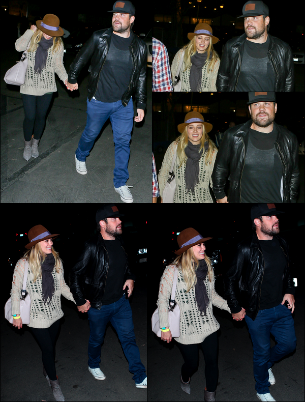 . 05 Octobre 2013 : Hil' et son mari Mike se rendant main dans la main au concert de John Mayer au Hollywood Bowl..