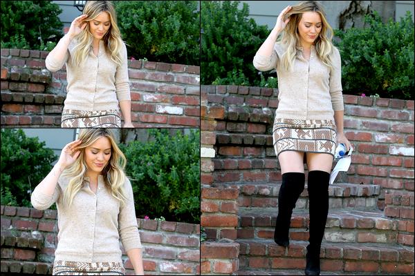 . 10 Oct. 2013 : Notre charmante Duff a été aperçue en train de quitter un rendez-vous d'affaire à Beverly Hills..TOP ?.