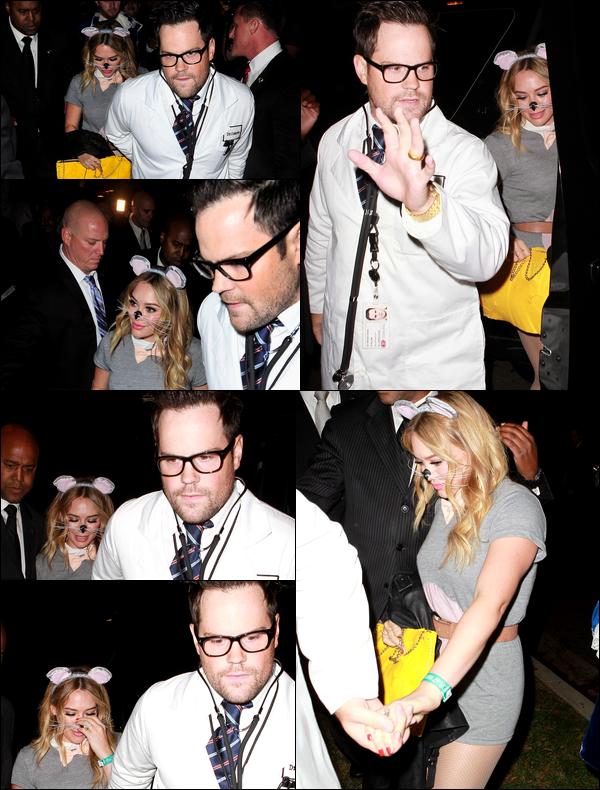 . 25 Octobre 2013 : Hil', en mode petite souris, se rendant avec son mari à une fête d'Halloween située à Beverly Hills !.
