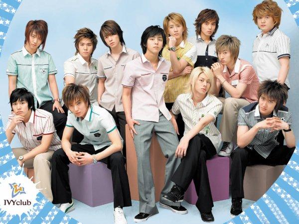 Groupes de chanteurs et chanteuses japonais et coréen