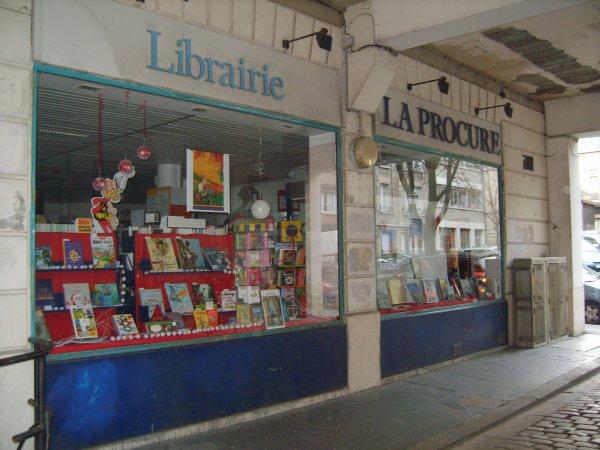 La librairie la Procure Largeron