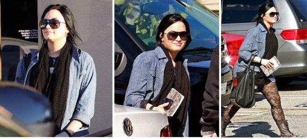 Demi le 31 janvier 2011 se dirigeant vers un centre de traitement a Santa Monica
