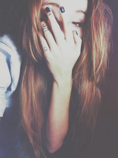 - « Ne prends pas trop tes désirs pour une réalité, tu risquerais de t'écorcher et de dévoiler la vérité. »