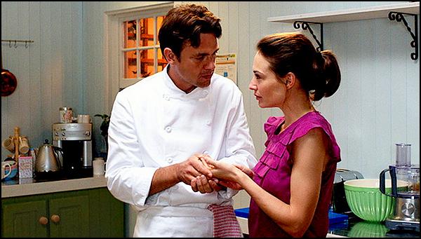 . ► ● ● Catégorie Film Comédie Dramatique & Romantique : Love's Kitchen est une comédie britannique de James Hacking sortie en 2011 avec comme acteurs principaux  Claire Forlani, Dougray Scott, Michelle Ryan ● ● .  .