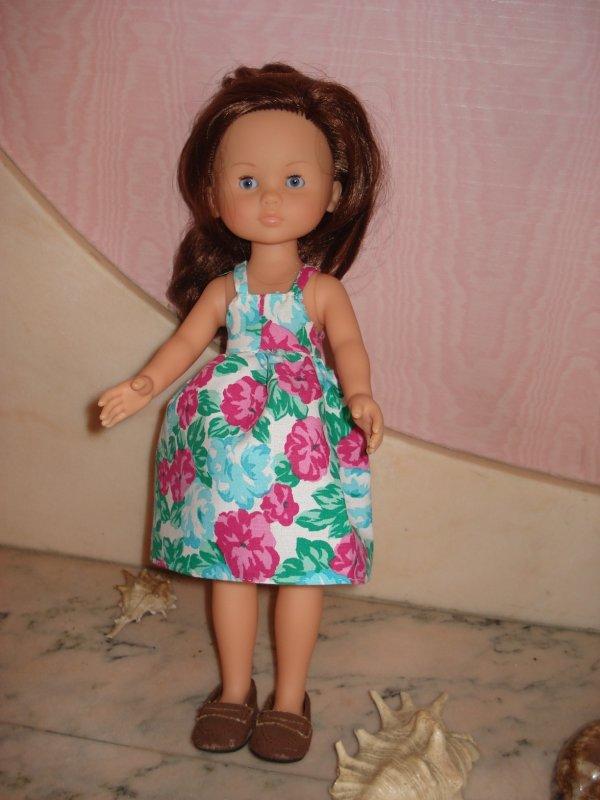 ma petite Chérie étrenne en ce dimanche une nouvelle robe