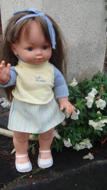 Léa aime les fleurs