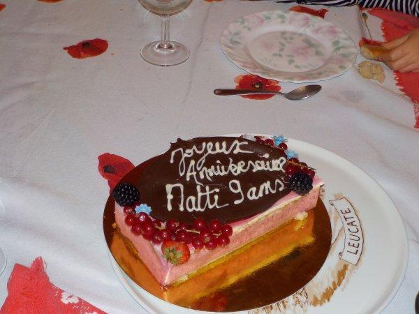 Bon Dimanche à toutes et tous (avec le gâteau d'anniv de Matti)