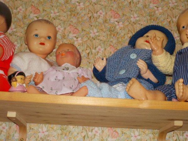 En attendant noel..la chambre des poupées