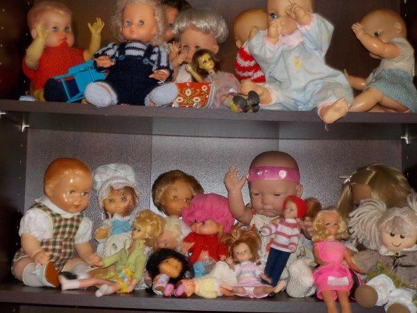 En attendant Noel, la chambre des poupées