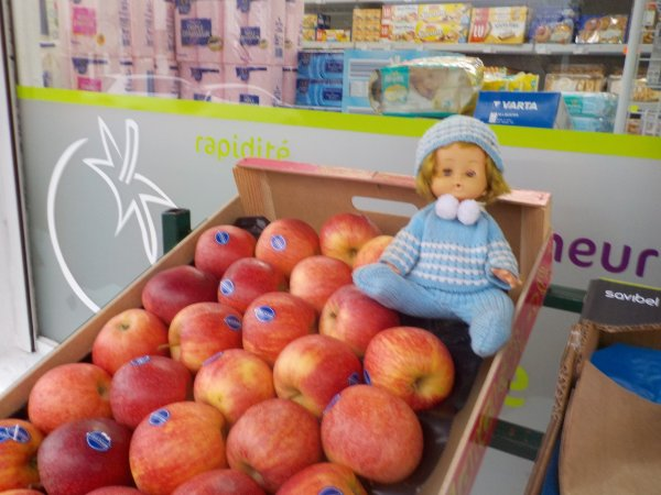 Mathieu choisit les pommes