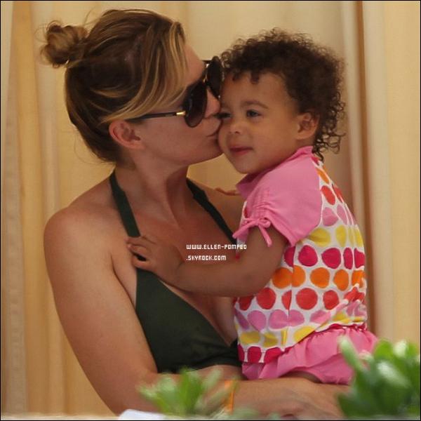 . Le 04 Juin 2012 -   Ellen et Stella profitant des vacances en famille sur sur l'île Maui à Hawaii.