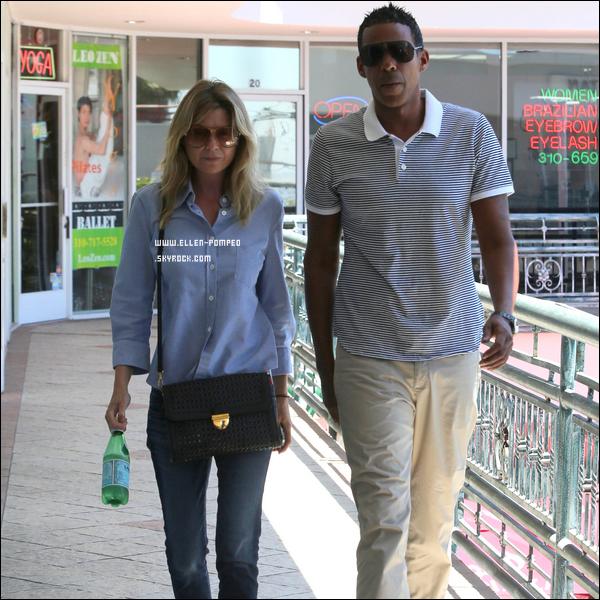 """. Le 29 Juin 2012 -   Ellen et son mari Chris quittant le restaurant """"Sushi Park"""" à Los Angeles."""