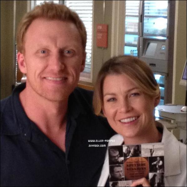 . Le 23 Août 2012 -   Ellen et Kevin Mckidd posant sur le set de Grey's Anatomy à Los Angeles.