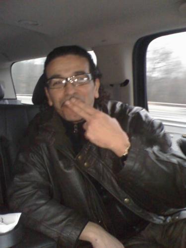 bienvenue a tout les fan de cheb nasro dans mon skyblog nasro-hicham  m_rabat@hotmail.com