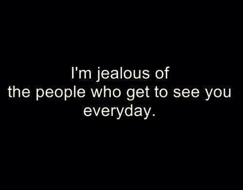 Yep, sois heureux.