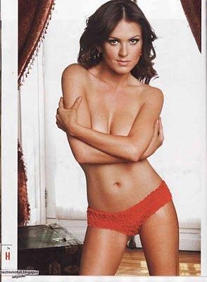 Confira as fotos pra á de sensuais de Zoraida Goméz atriz da versão mexicana de Rebelde