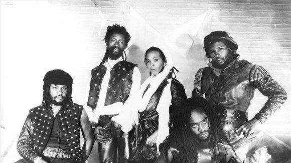 BLACK UHURU - LIVE Jamaica World Music Festival (1982)