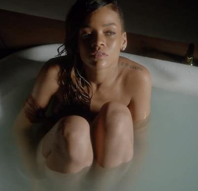 Joyeux annivesaire a Rihanna !!