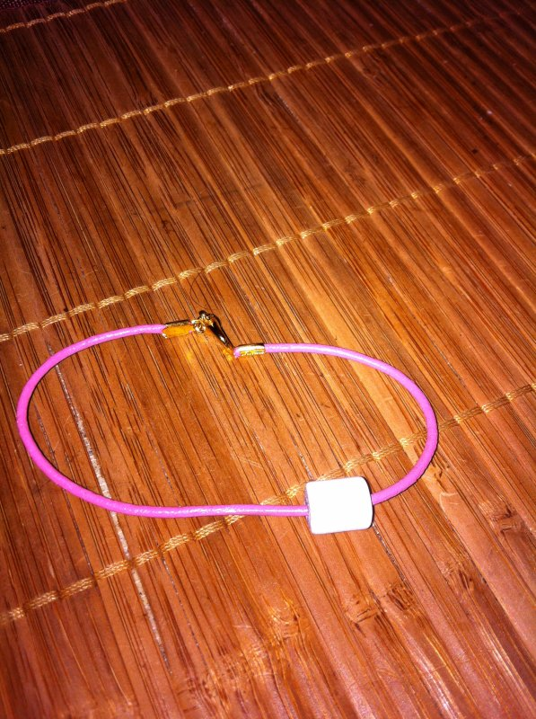 bracelet cordon cuir rose perle tube nacré blanche