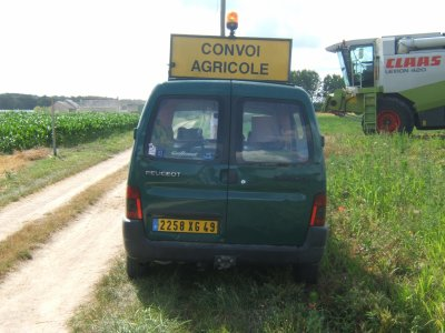 voiture de convoi