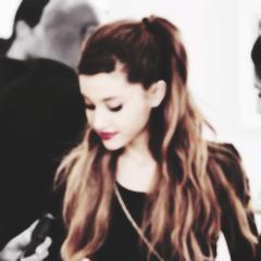 Pack Ariana