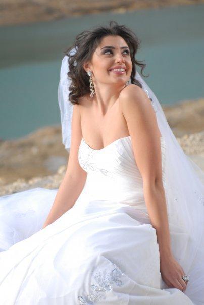 en mode robe blanche eooo chui pas marié c juste pour dé fére dé portré