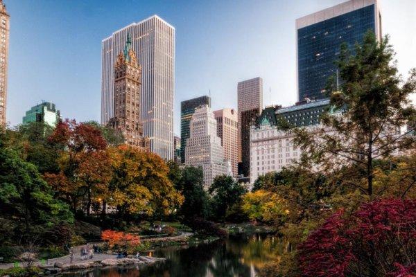 MÉTÉO NYC | Le soleil persiste sur New York City. :)28°C et un ciel bleu au programme.