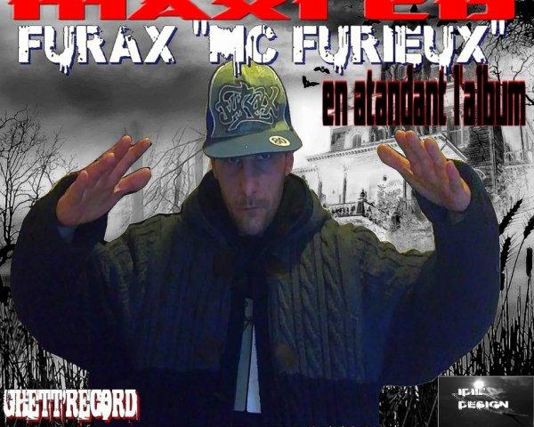 télécharge le MAXI CD