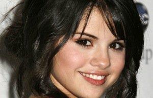 Selena Gomez – Approchée par Marc Wahlberg