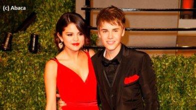 Selena Gomez ... Blessée par les attaques des fans de Justin Bieber