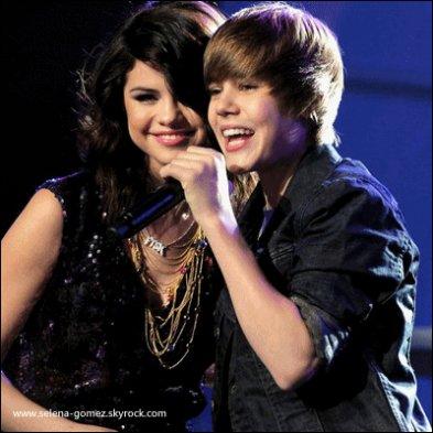 Justin Bieber ET Selena Gomez: ROMANCE SECRET