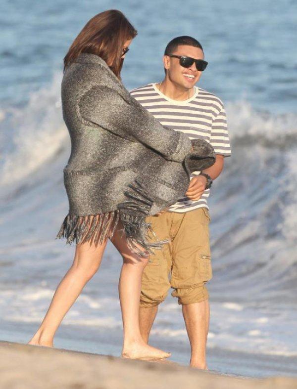 Selena Gomez : Trop proche d'Alfredo Flores, la polémique qui enfle sur Twitter