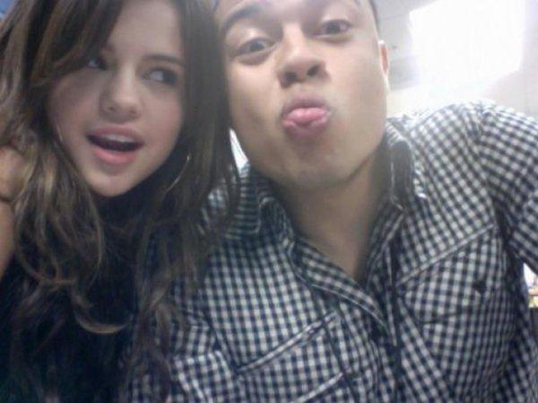 Selena Gomez : Un documentaire sur sa carrière tourné par Alfredo Flores
