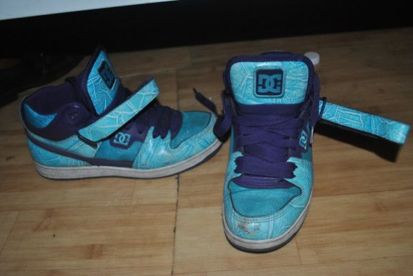 my first  pair of special shoes  =)  by DC