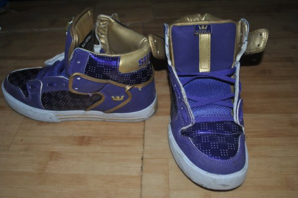 this is my first crazyy supra shoes !!!