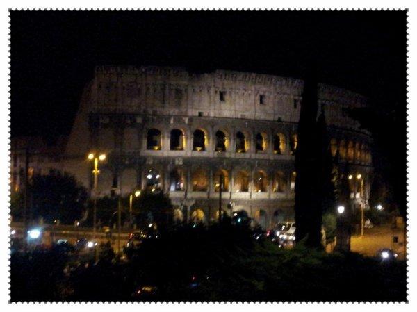 Le Colisée de nuit...