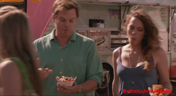Dexter > Screencaps > 8.06: A Little Reflection Parti 5