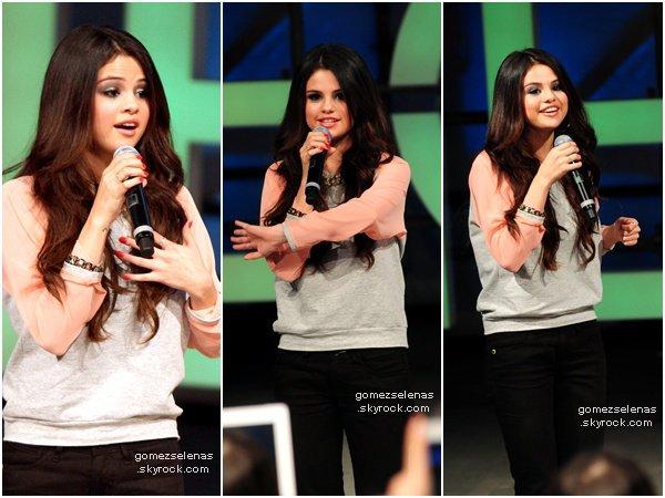 *    06/02/13 - Selena Gomez a fait la promotion du défilé pour Adidas Neo à New York. Top/Flop?   → Découvrez aussi de nouvelles photos HQ du photoshoot de Selena G. pour la promotion d' Adidas Neo..*