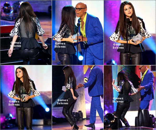*   13.04.13 - Selena était présente au NewNowNext Awards  à Los Angeles. TOP/FLOP?!*