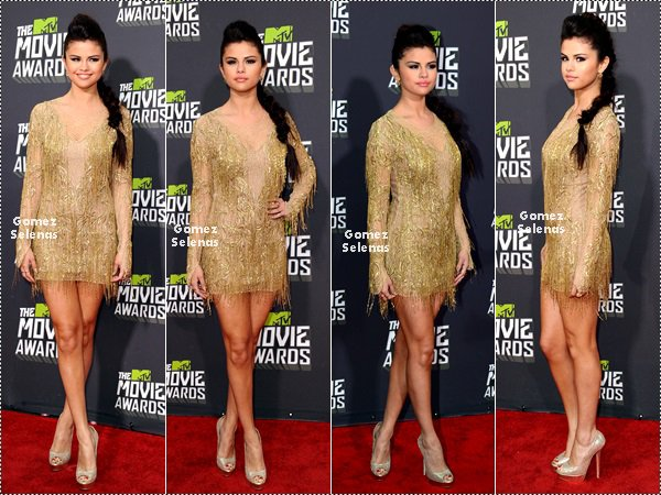 *   14.04.13 - Selena à participé à la cérémonie des MTV Movie Awards à Los Angeles.*
