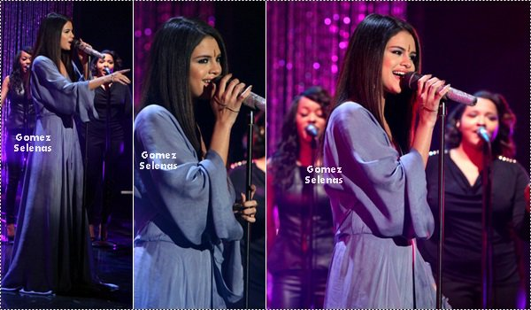 *   16.04.13 - Le matin, Selena était l'invitée du « The Ellen DeGeneres Show  » à L.A. Top! *
