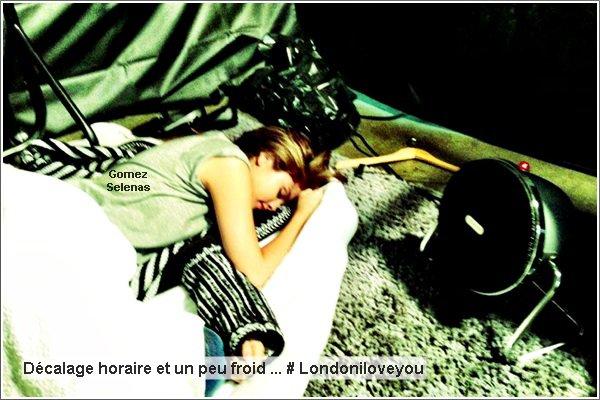 *   23.05.13 - Selena Gomez allant dîner dans un restaurant avec ?Jaden Smith? à Londres. *