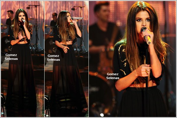 *   24.05.13 - Selena a performé dans l'émission, The Graham Norton Show, à Londres. *