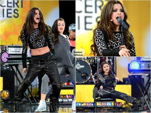 """*   26.07.13 - Selena G a performé dans l'émission """"Good Morning America"""" à New York.   L'équipe de Good Morning America lui a offert un beau gâteau d'anniversaire à elle et son équipe. Miamm !  *"""