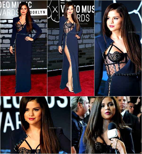 """*   25.08.13 - Selena a participé aux MTV Vidéo Music Awards 2013 à Broadway, New York.  Durant la cérémonie, """"Come & Get It"""" a été élu meilleur clip pop de l'année et il a été remis par les One Direction.  *"""