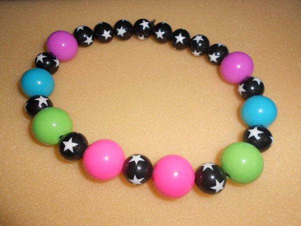 perles colorées en plastiques