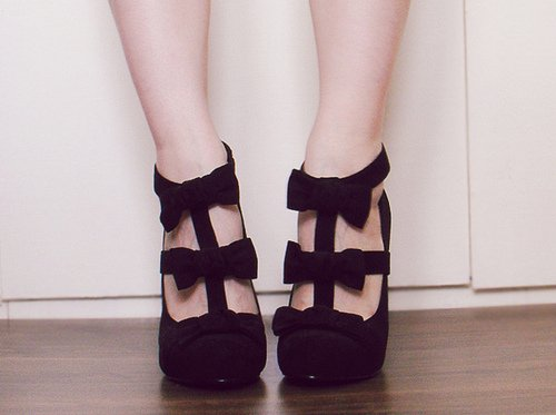 Chaussures plates/talons + l'entretien