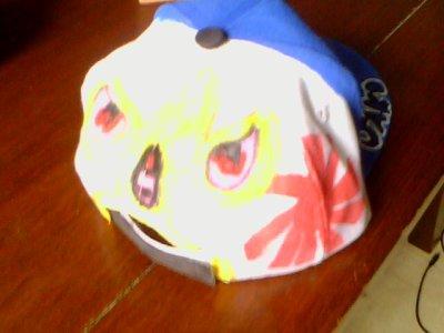 voici la casquette que je me suis fait en posca