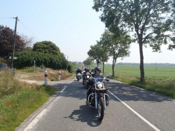 ballade motos dans le boulonnais en hommage a mathieu