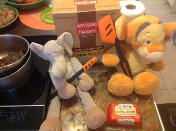 Meme tigrou Et zelephant aime le zhocolat ☺️